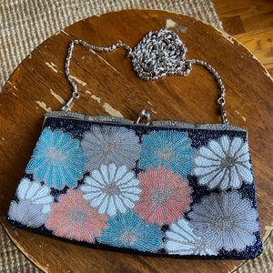 Vintage - beaded flower evening purse